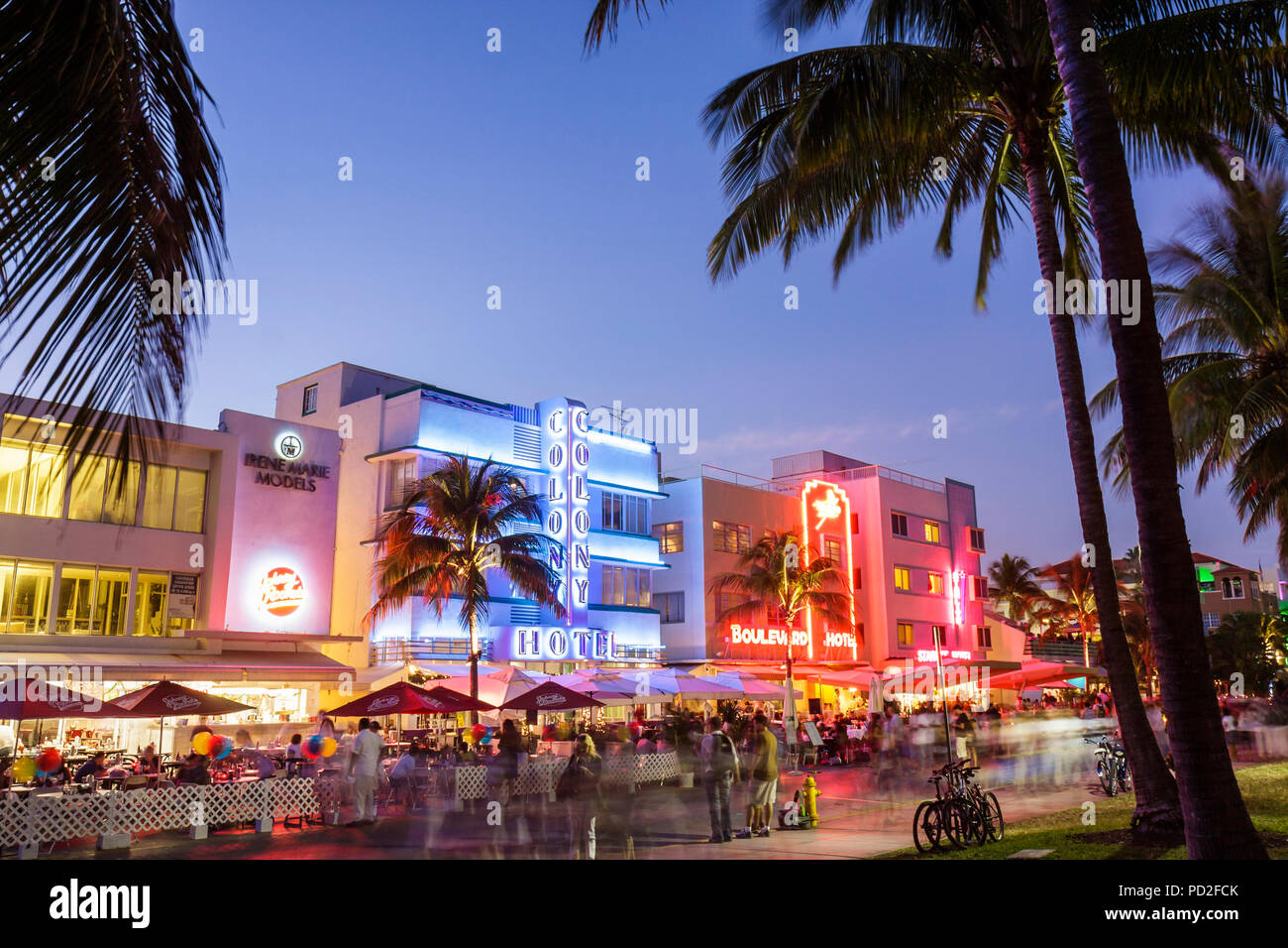 Miami Beach Florida Art Deco District Ocean Drive New Years Eve Night Nightlife Alfresco Dining Colony Hotel Restaurants Land