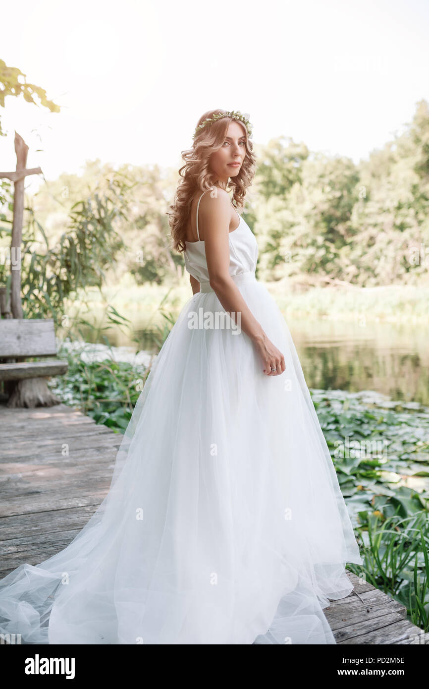 Dresses wedding with sleeves in cute concepts photos