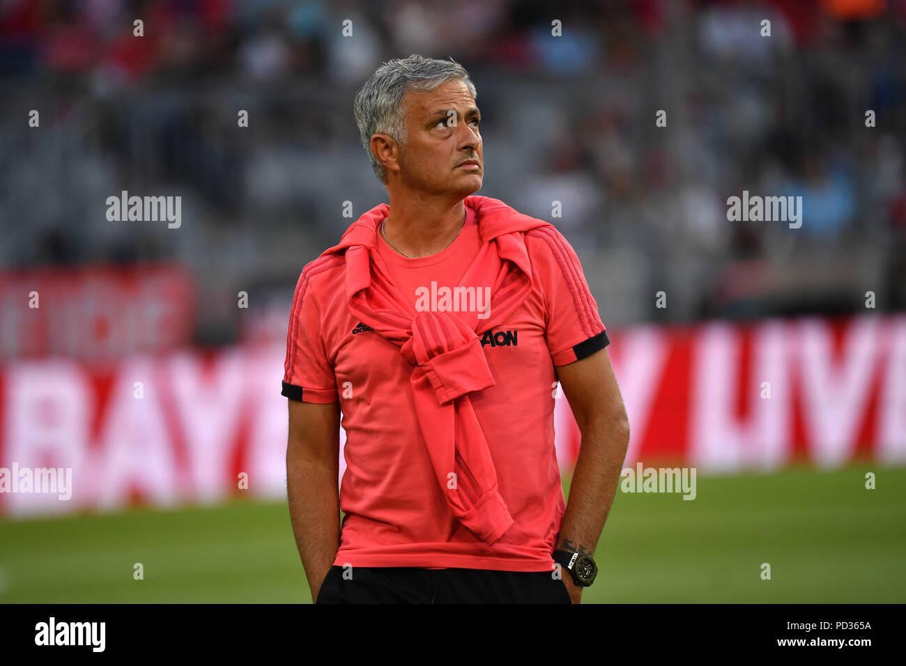 Jose Mourinho Coach Manchester United Single Image Single Cut Motive Half Figure Half Figure Test Match