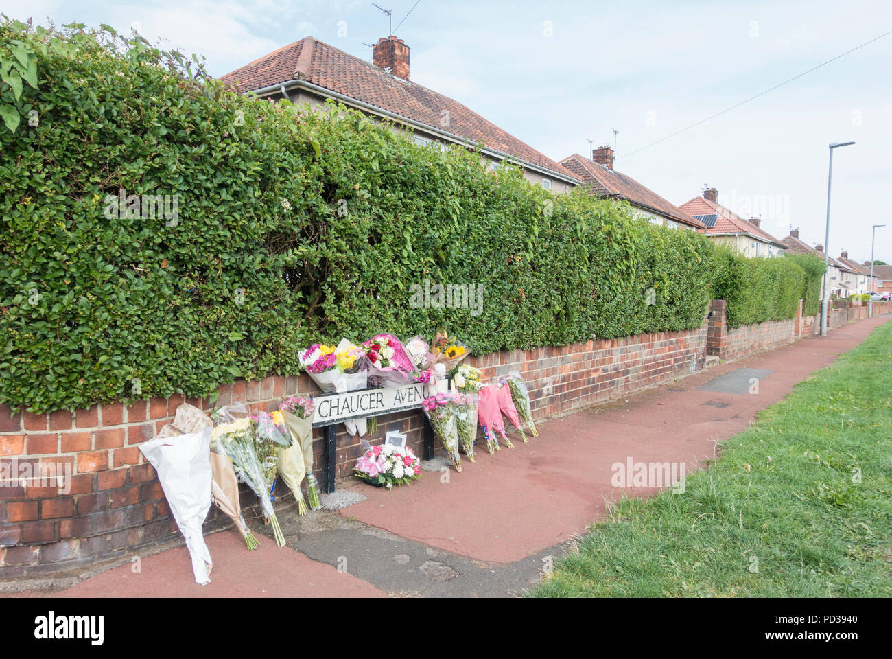 Hartlepool north east  England. United Kingdom. 6th August, 2018. Flower tributes are placed close to  the murder scene where 29 year old Mother of three Kelly Franklin was murdered on Friday evening, 3rd August. Cleveland Police believed the mother had been the victim of a 'targeted' attack after she was found on Oxford Road. 30 year old Torbjorn Kettlewell, also known as Ian, has been charged with murder and possession of a bladed article. Credit: ALAN DAWSON/Alamy Live News - Stock Image