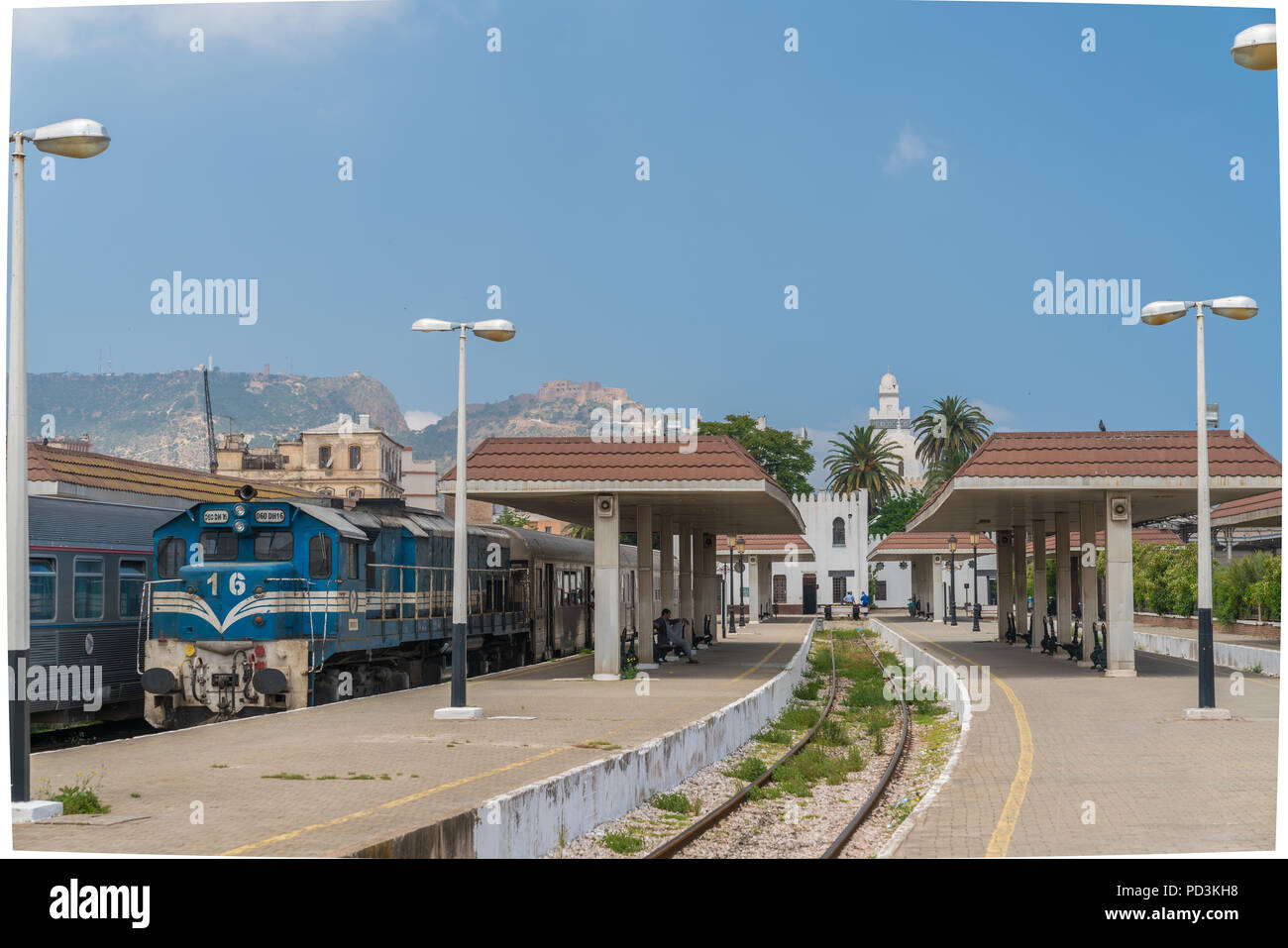 Passenger train at Oran Station in Algeria - Stock Image