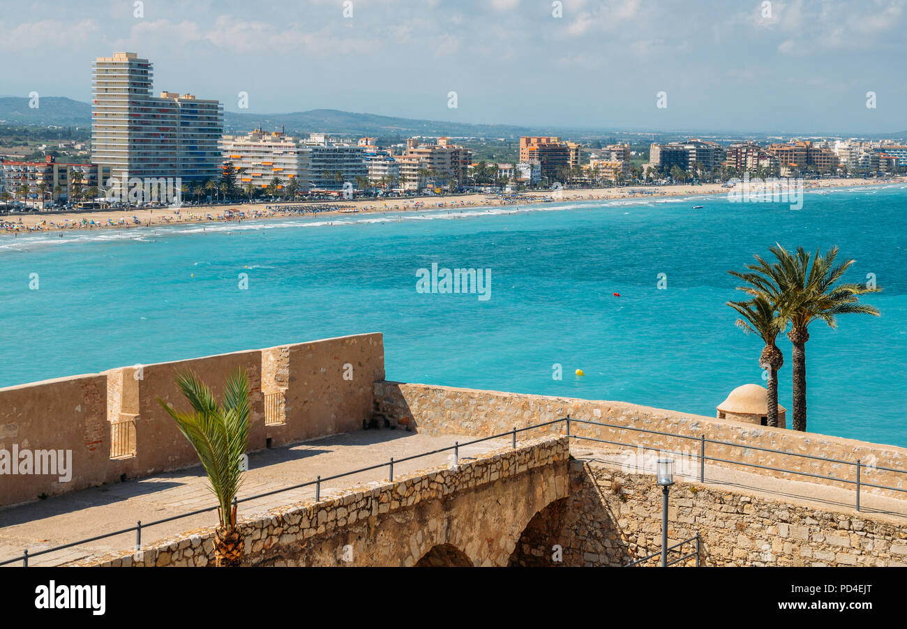 Defensive bastion with panoramic view at Peniscola, Castellon, Spain - Stock Image