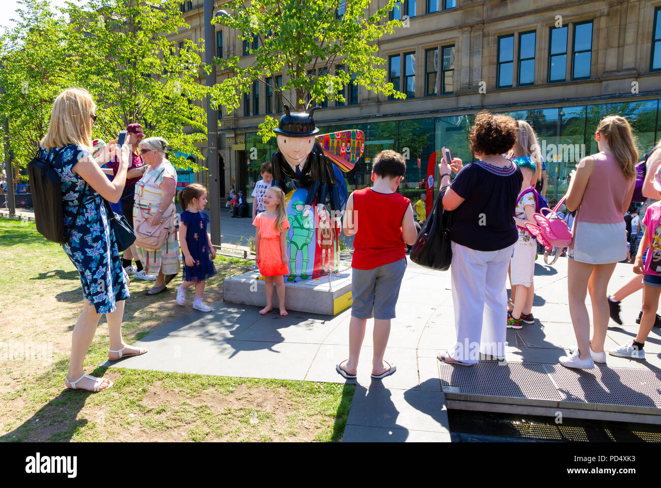 Bee in the City, public art event in the City of Manchester. Over 100 bees on a free family fun trail. - Stock Image