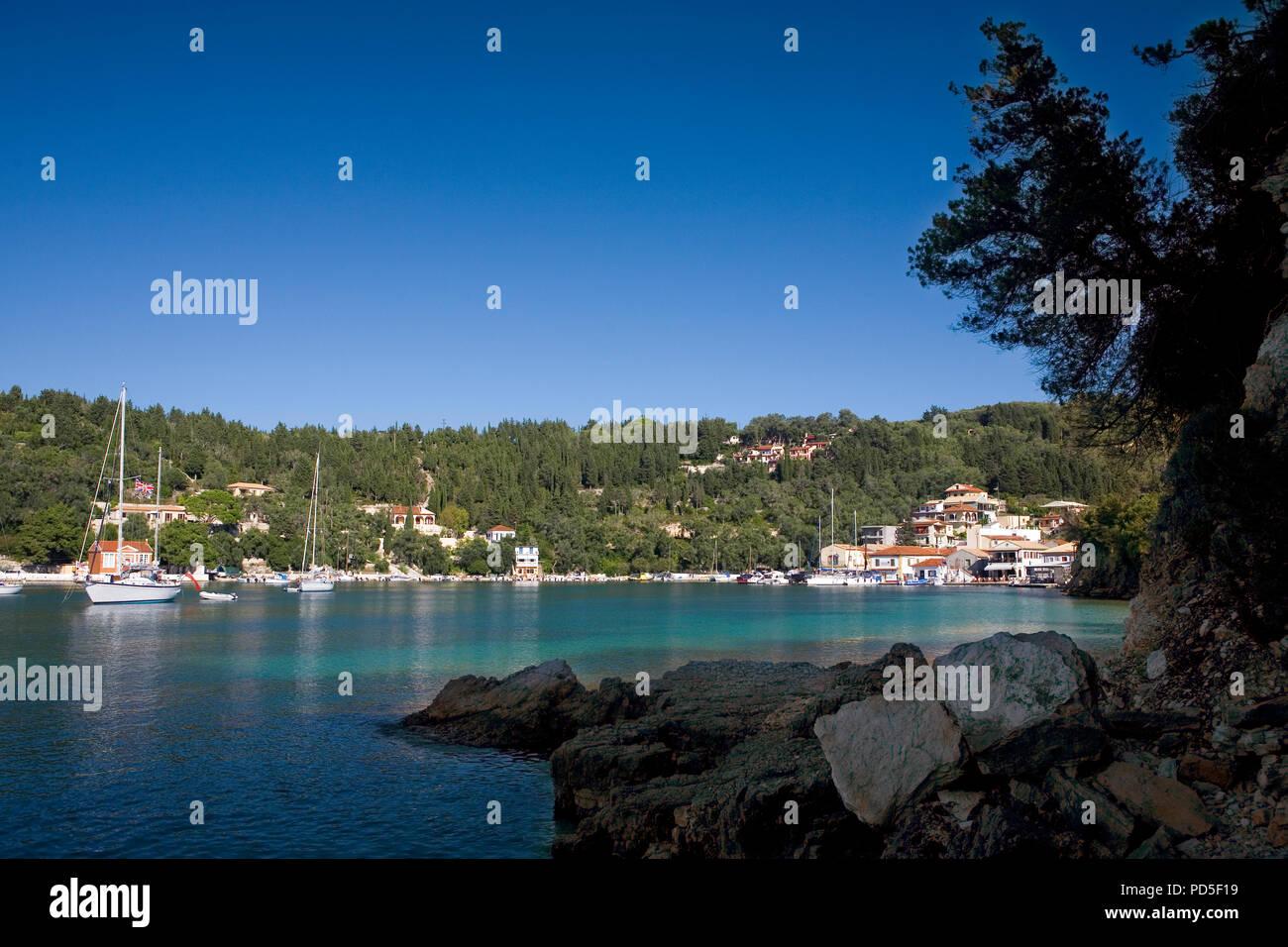 The pretty little harbourside village of Lakka, Paxos, Greece - Stock Image