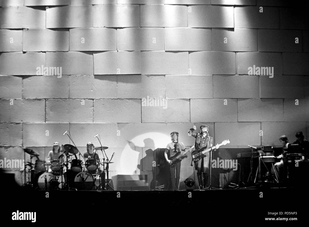 Dortmund, Germany, 20th. Feb.1981 - British psychedelic rock band PINK FLOYD performing THE WALL concert at the Westfalenhalle in Dortmund/Germany (digital image from a b/w-film-negative) - Stock Image