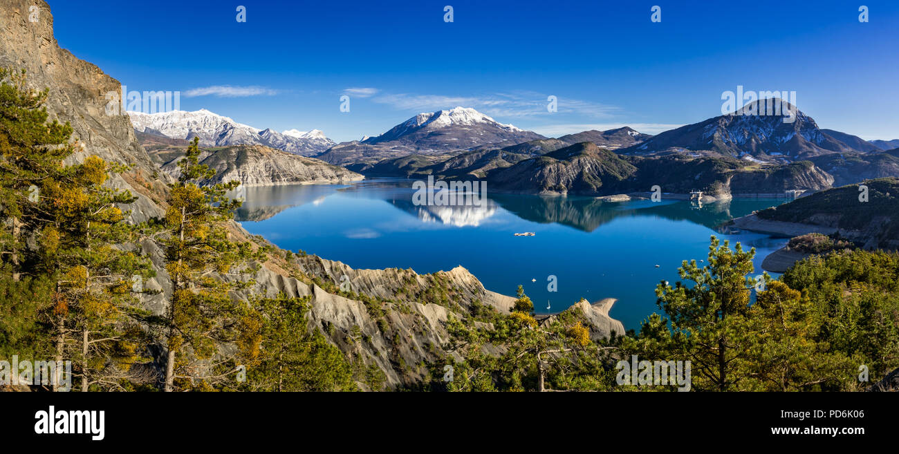Serre Poncon Lake from Le Rousset in Winter (panoramic). Hautes Alpes, European Alps. France - Stock Image