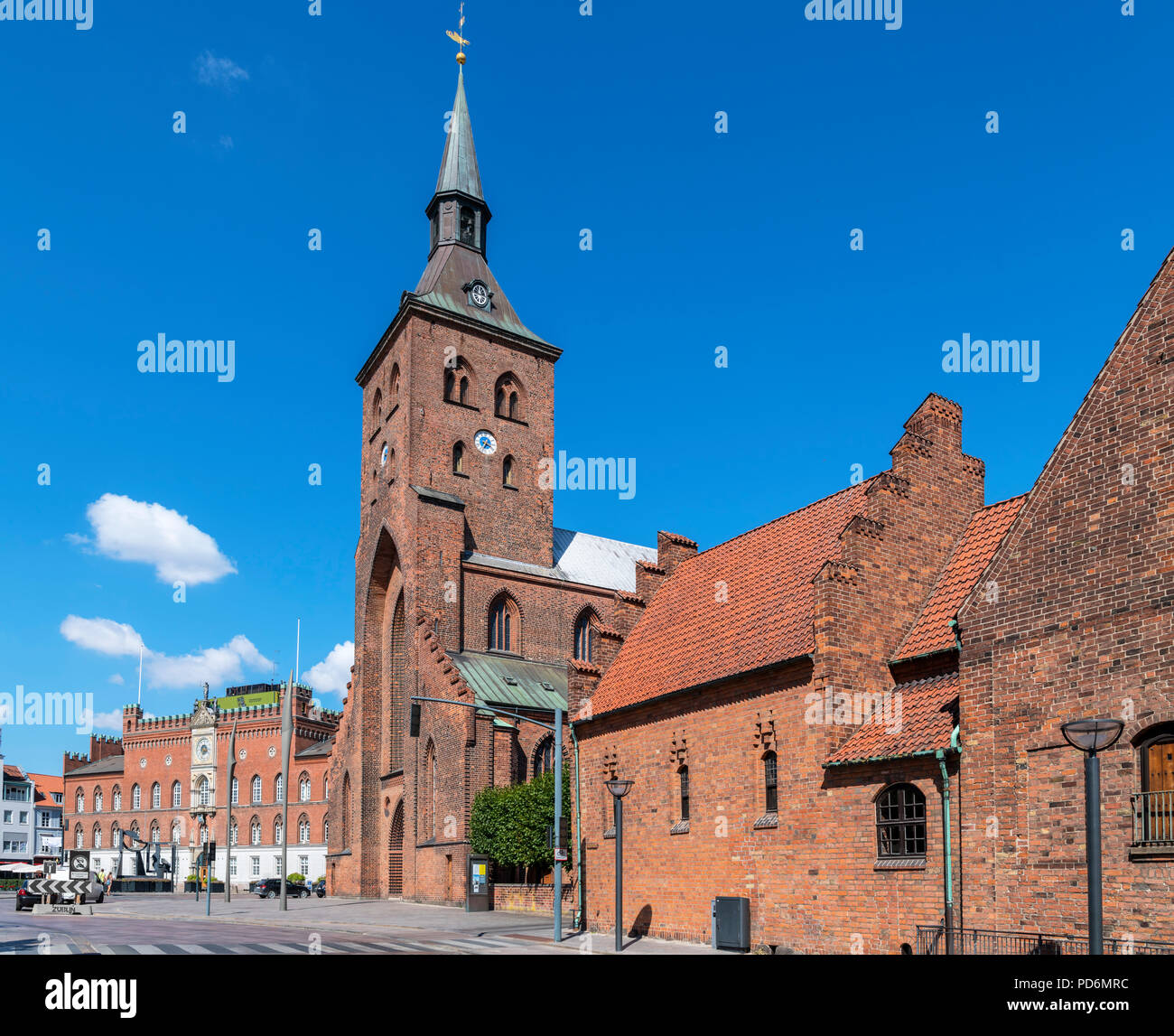 St Canute's Cathedral (Sankt Knuds Kirke) and City Hall (Rådhus), Odense, Funen, Denmark Stock Photo