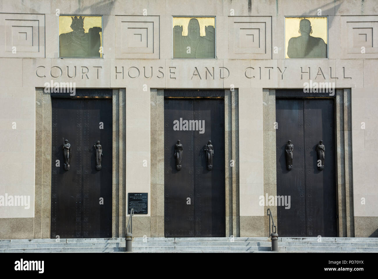 The entry doors to the Davidson County Courthouse, also known as the Metropolitan Courthouse in Nashville, Tennessee, USA Stock Photo