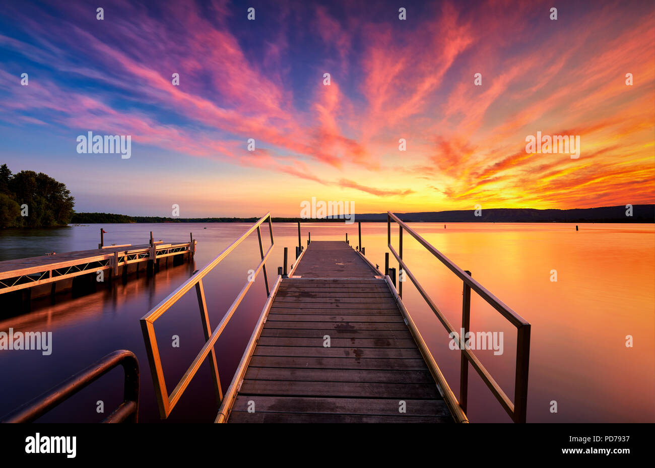 Beautiful sunset and with clouds over St Louis River Superior Wisconsin - Stock Image