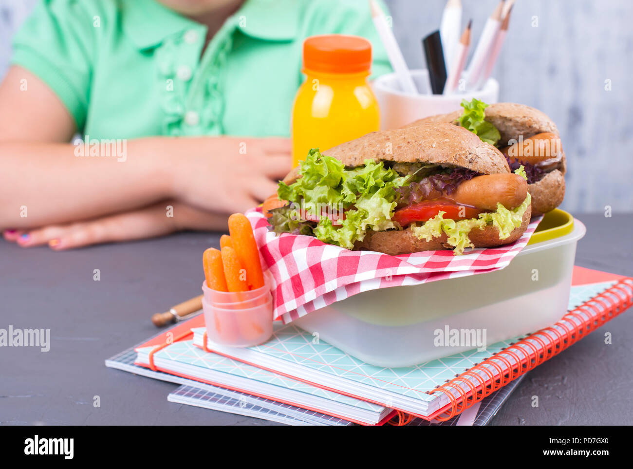 child eating hot dog stock photos child eating hot dog stock images page 2 alamy. Black Bedroom Furniture Sets. Home Design Ideas