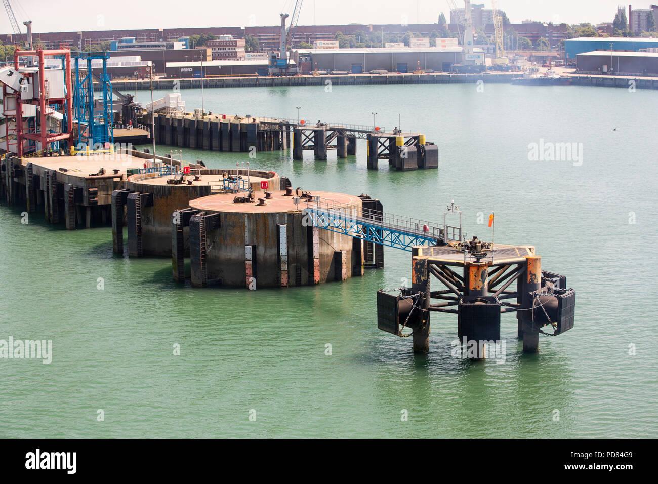 Mooring jetties for cross channel ferries in Portsmouth
