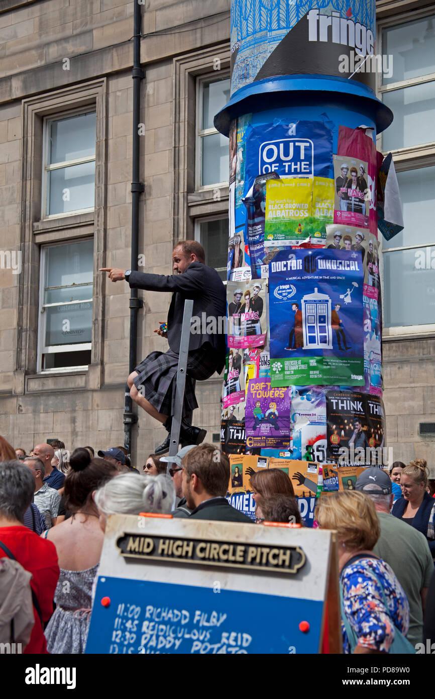 Edinburgh, Scotland UK, 7 August 2018, Edinburgh Fringe on the Royal Mile, on a sunny afternoon - Stock Image