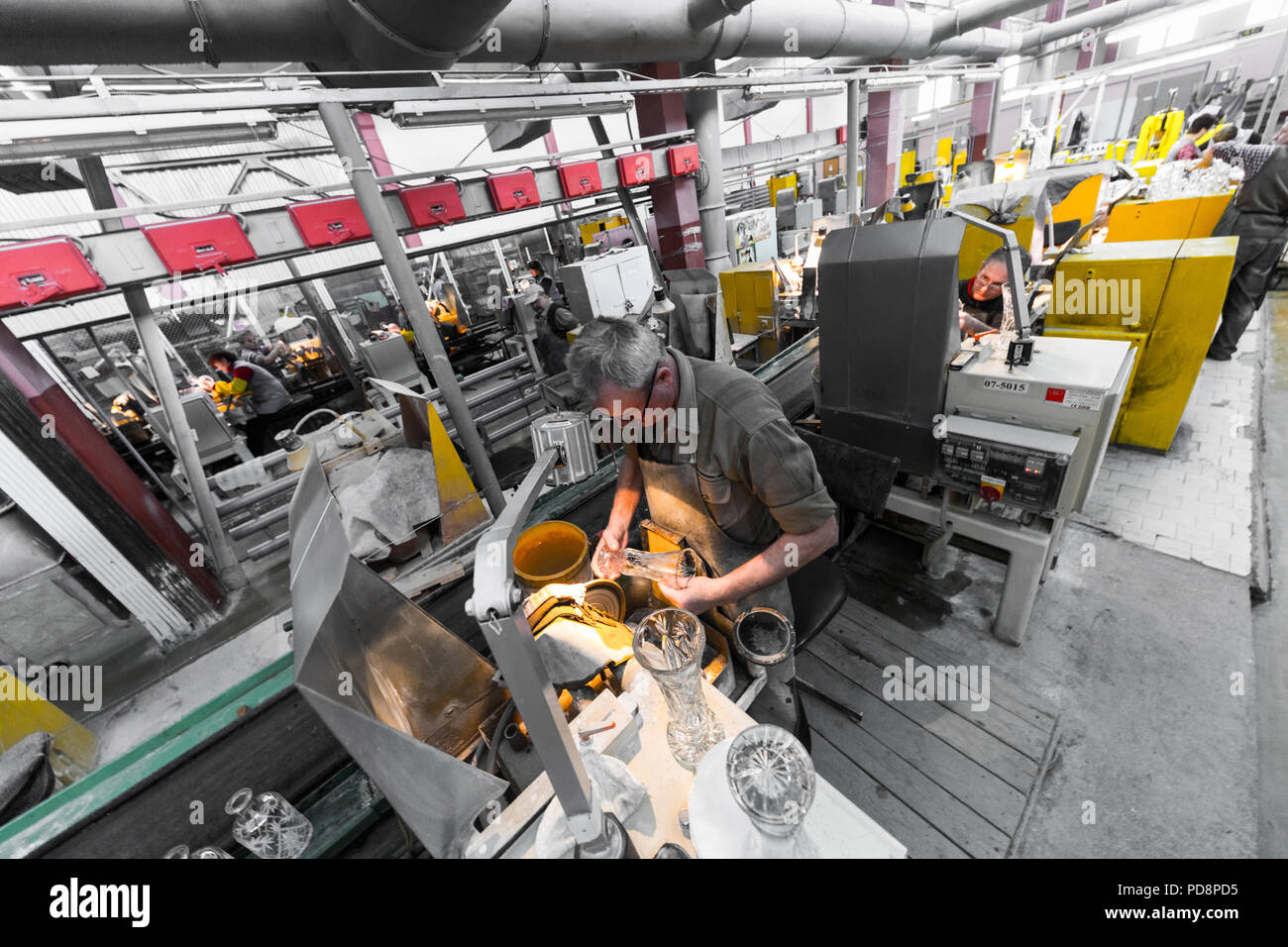 Factory Worker Stock Photos & Factory Worker Stock Images - Alamy