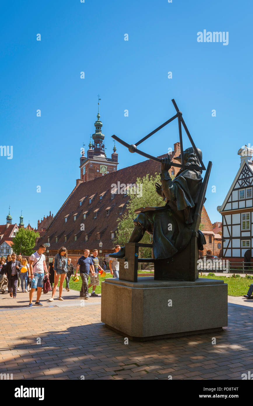 Gdansk city center, statue of the 17th century astronomer Jan Heweliusz sited in a small park in the historical Old Town area of Gdansk, Poland. Stock Photo