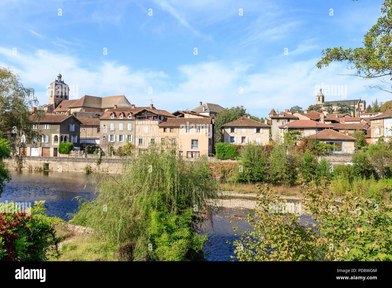 France, Lot,  Cele Valley, Figeac, city of Champollion, city on the Route of Santiago de Compostela in France // France, Lot (46), vallée du Célé, Fig - Stock Image