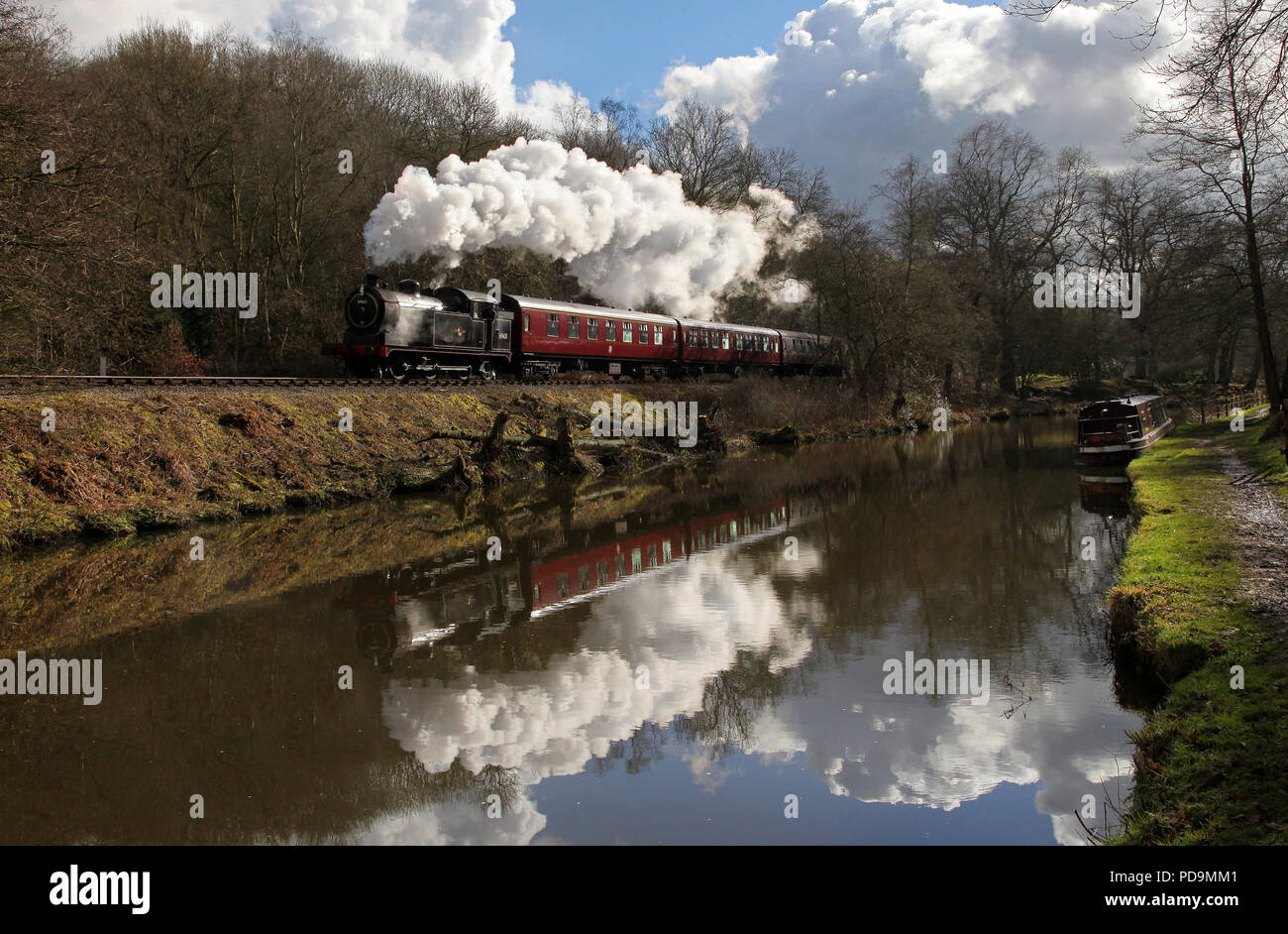 69621 heads away from Consall forge  on the Churnet Valley Railway 21.2.15 - Stock Image