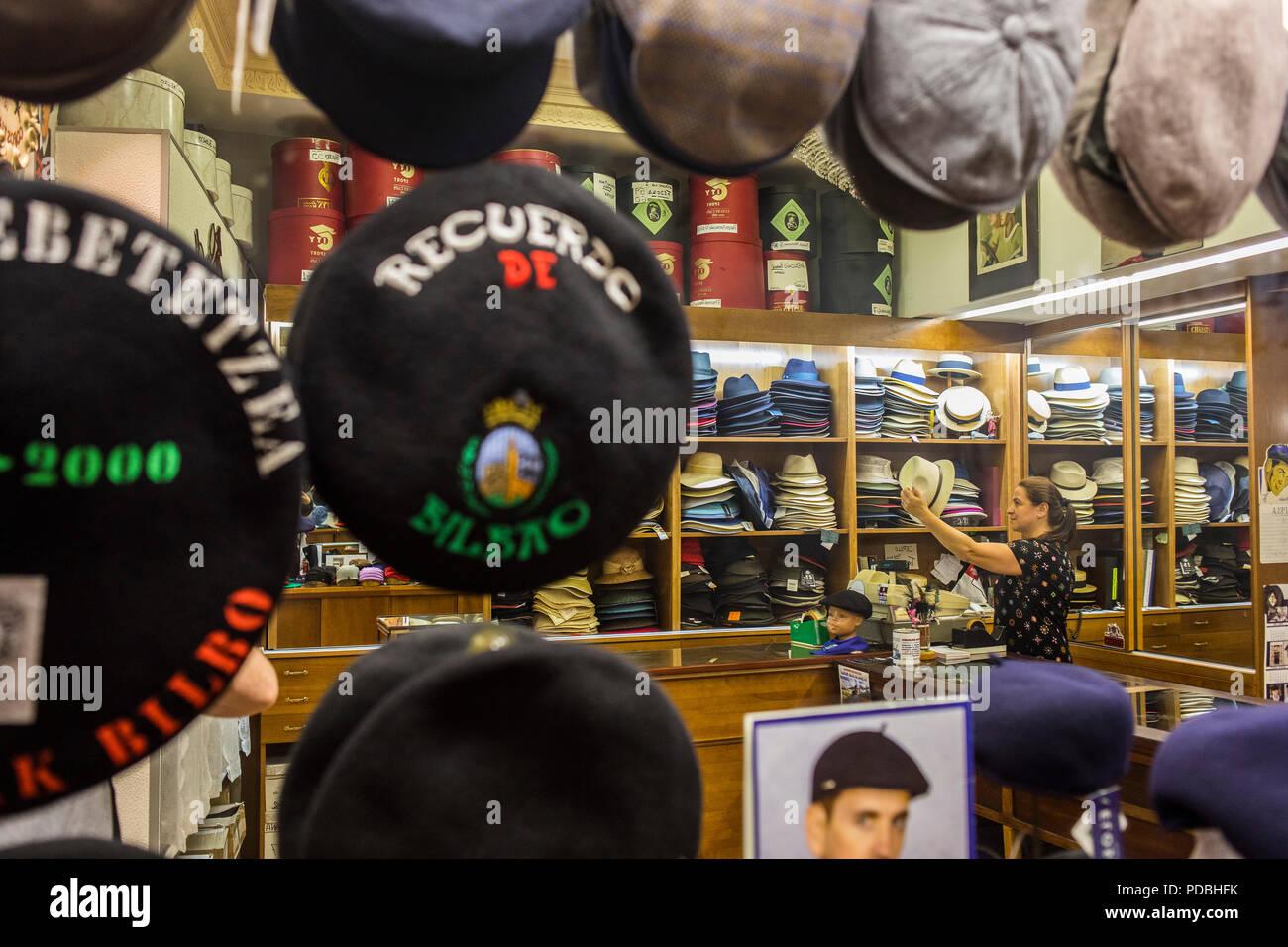 Hat shop, Sombreros Gorostiaga, 9 Viktor street, Old Town (Casco Viejo), Bilbao, Spain - Stock Image