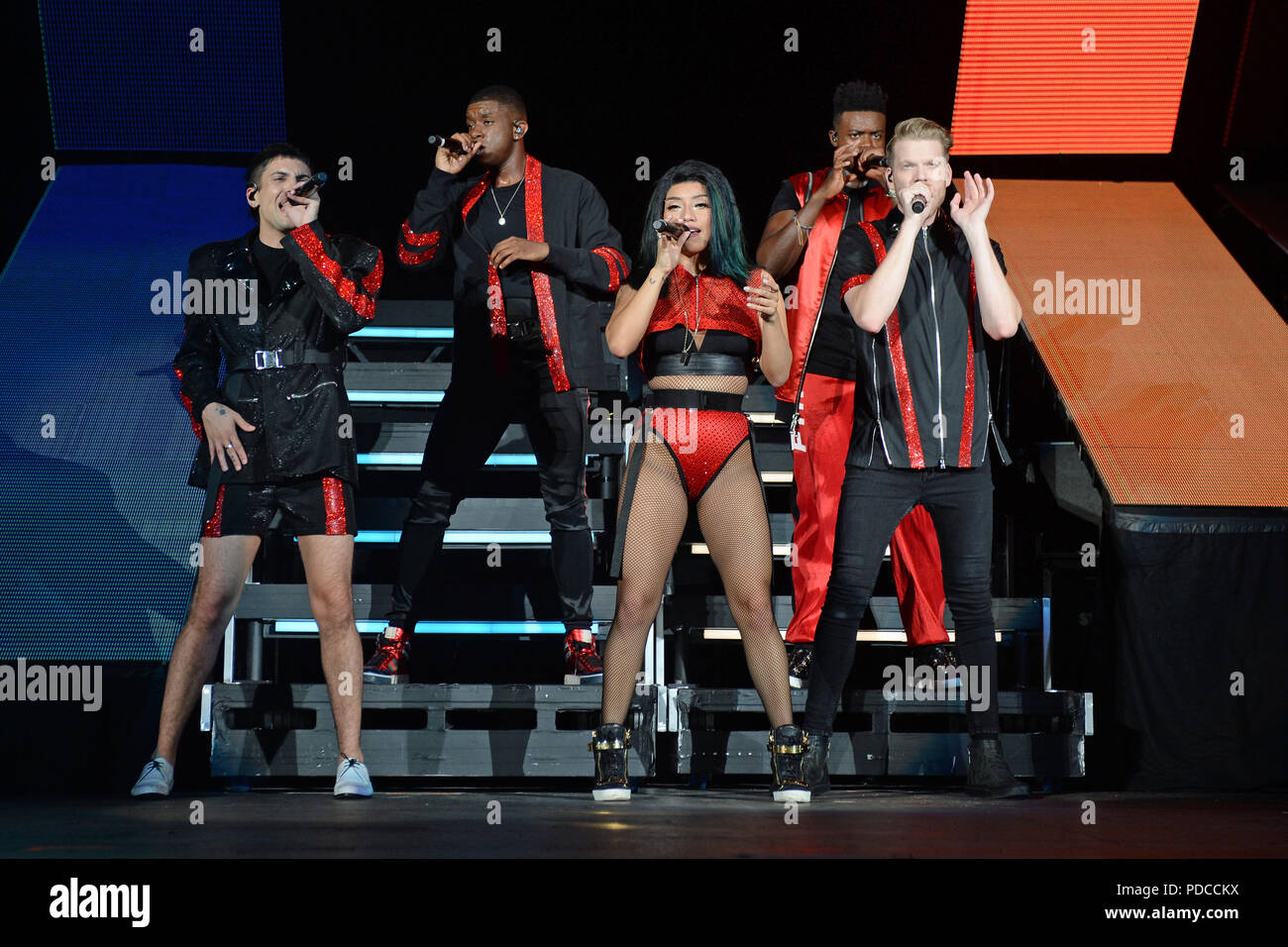 Pentatonix Stock Photos & Pentatonix Stock Images - Alamy