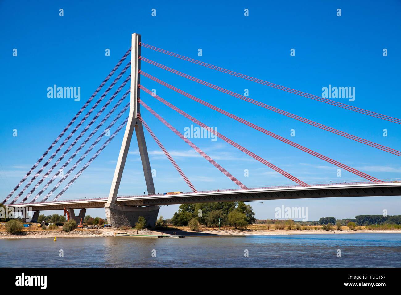 the Niederrhein bridge across the river Rhine, Wesel, Germany.  die Niederrheinbruecke ueber den Rhein, Wesel, Deutschland. Stock Photo