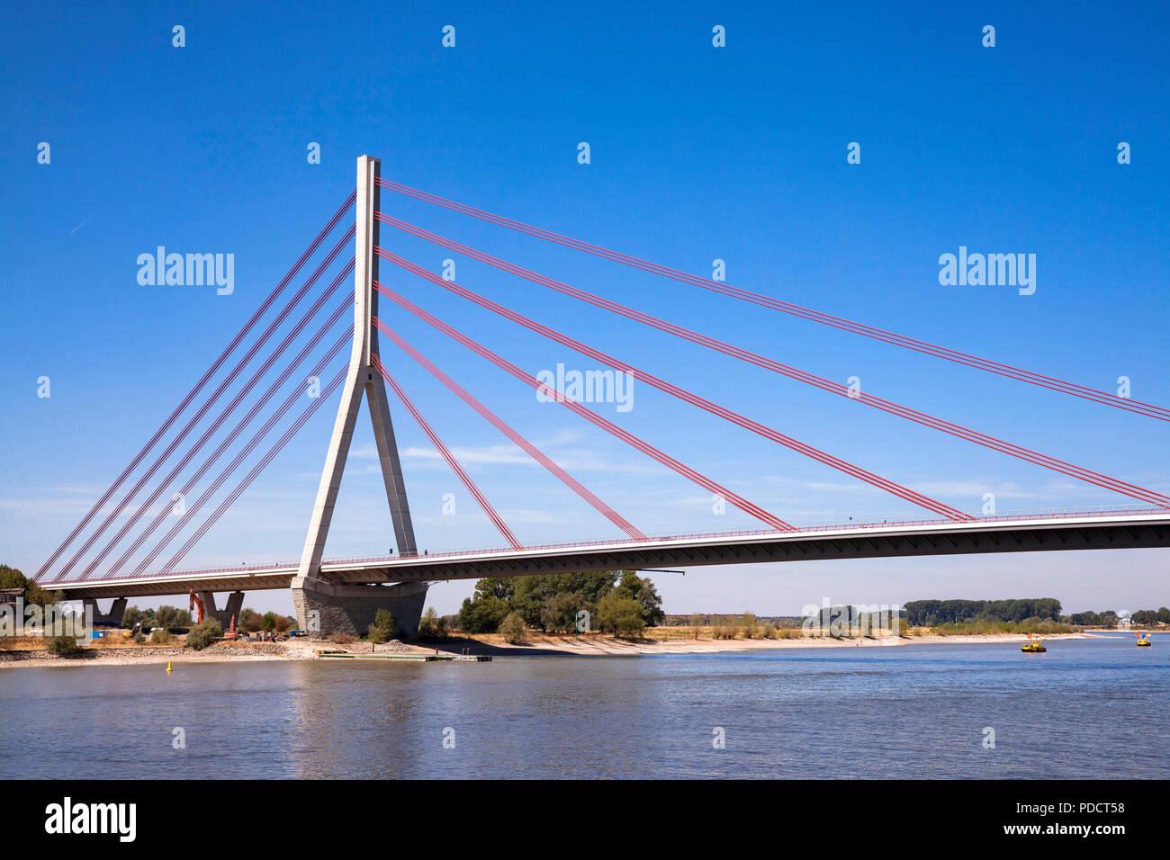 the Niederrhein bridge across the river Rhine, Wesel, Germany.  die Niederrheinbruecke ueber den Rhein, Wesel, Deutschland. - Stock Image