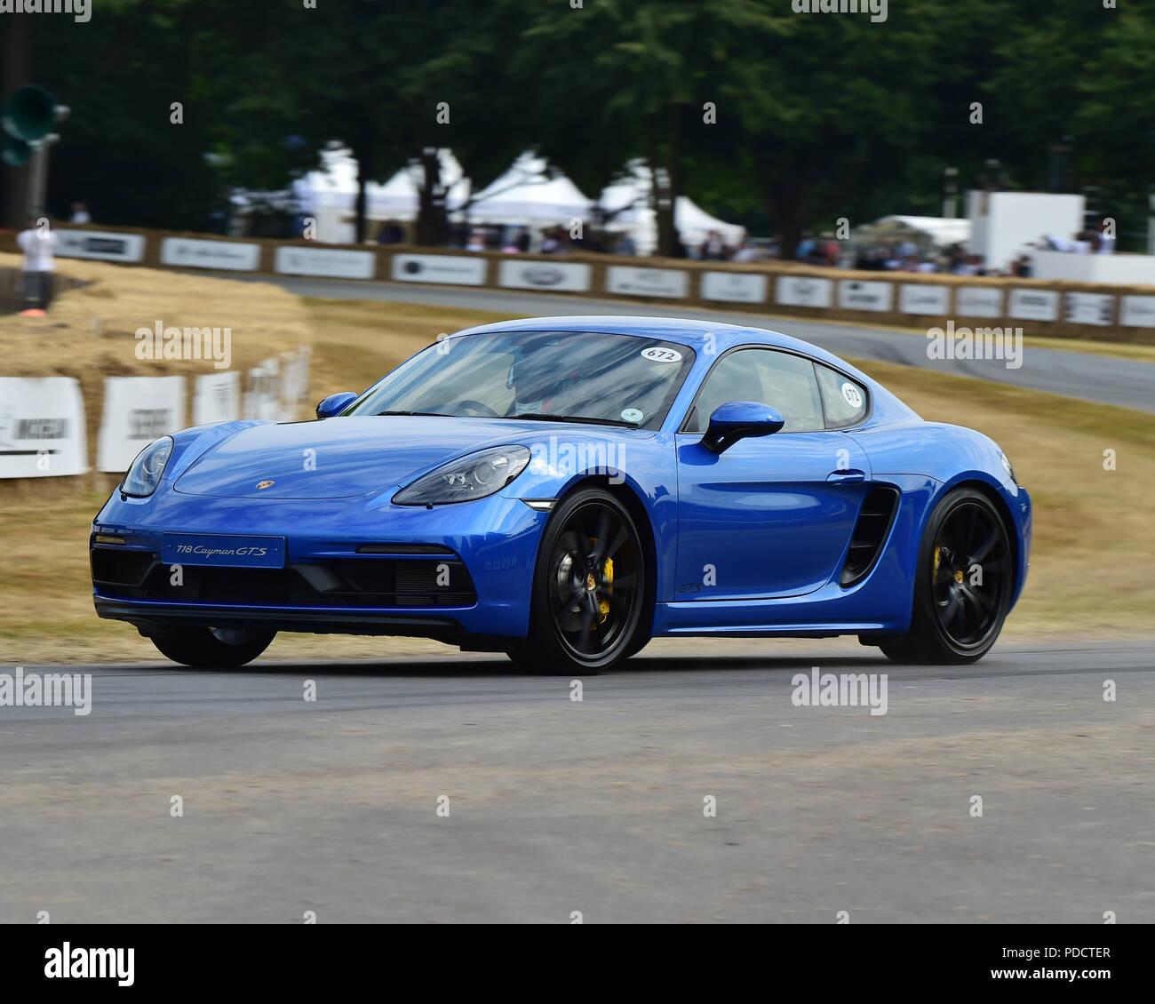 2018 Porsche 718 Cayman Camshaft: Porsche Cayman Stock Photos & Porsche Cayman Stock Images