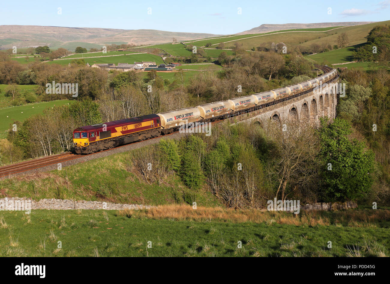 66099 heads over Smardale Viaduct with the Clitheroe to Mossend Cement train. - Stock Image
