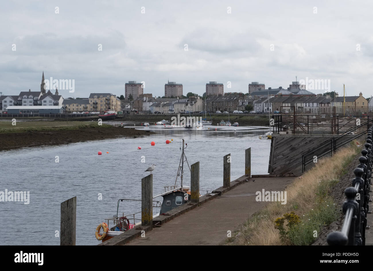 Looking accross the bay onto the old town of Irvine in North Ayrshire Scotland. - Stock Image