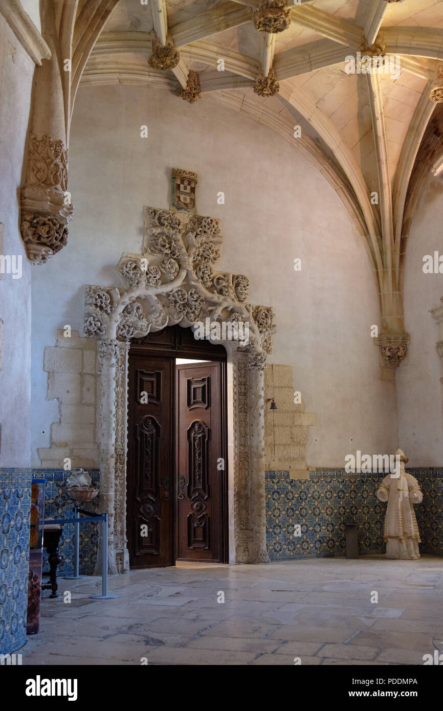 Manueline vault and entrance to the sacristy of the Alcobaca Monastery in Alcobaça, Portugal, Europe - Stock Image