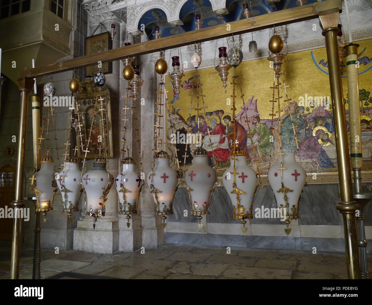 Jerusalem, interior of Church of the Holy Sepulchre - Stock Image