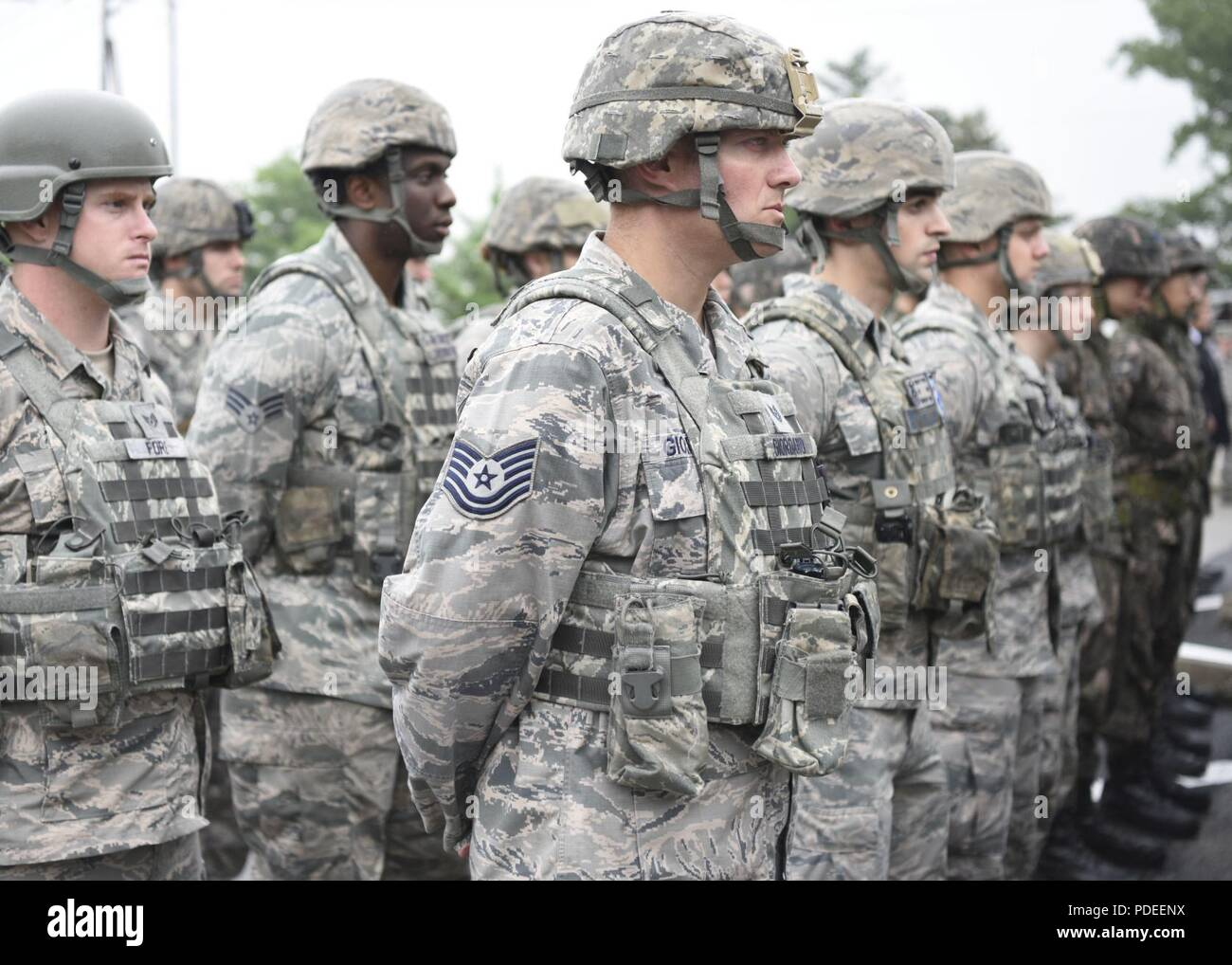 U S  Air force and Republic of Korea Air Force security