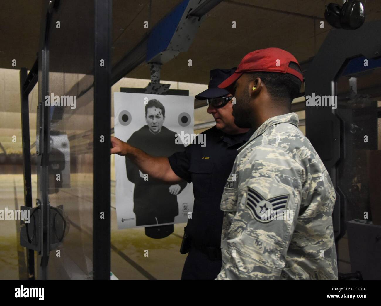 Pistol Shoot Stock Photos & Pistol Shoot Stock Images - Page 2 - Alamy