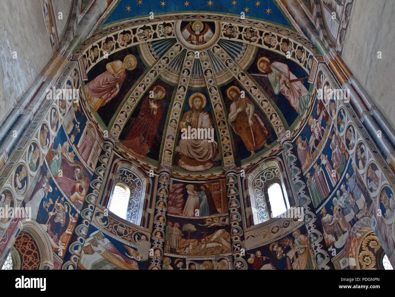 Italien Como Kirche San Abbondio Apsismalerei Fresko um 1350 Leben Jesu Heiliger Perus Heiliger Paulus - Stock Image