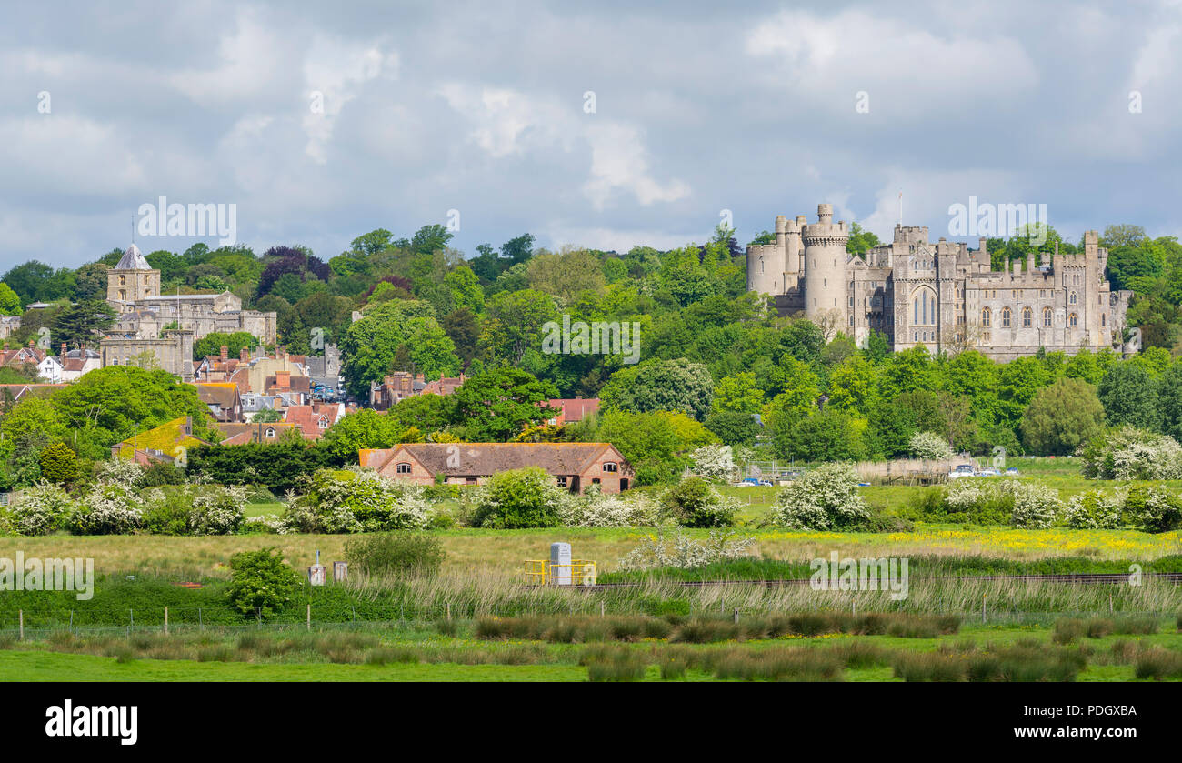 View of the town of Arundel and Arundel Castle in West Sussex, England, UK. Arundel UK. Stock Photo