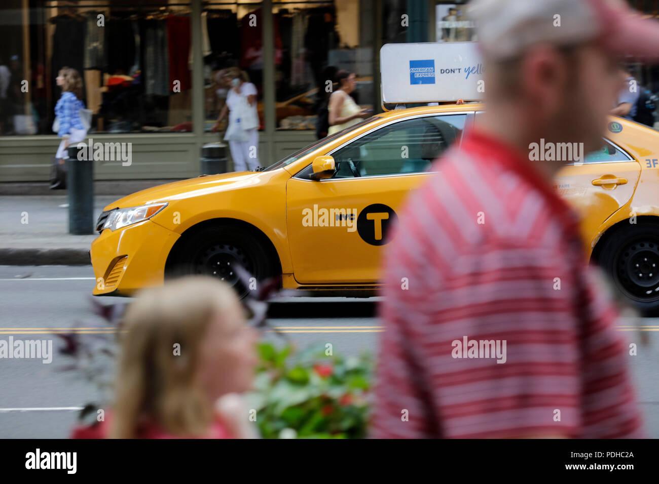 Medallion Taxis New York City Stock Photos & Medallion Taxis