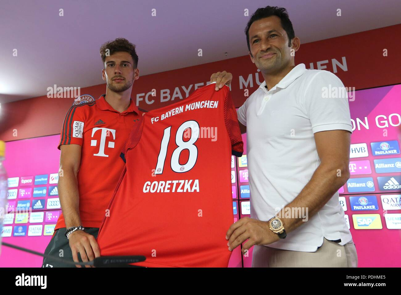 firo: 02.08.2018, Fuvuball, 1.Bundesliga, season 2018/2019, Official presentation Leon Goretzka, Leon Goretzka (FC Bayern)   usage worldwide Stock Photo