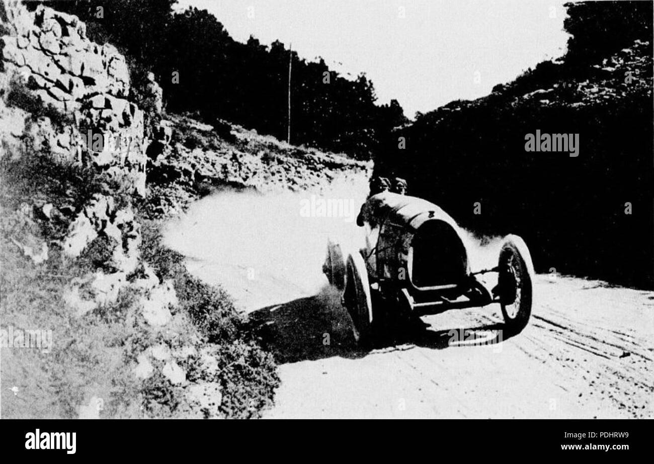 279 René Thomas vainqueur au Mont Ventoux en 1923, sur Delage Sprint 5L - Stock Image