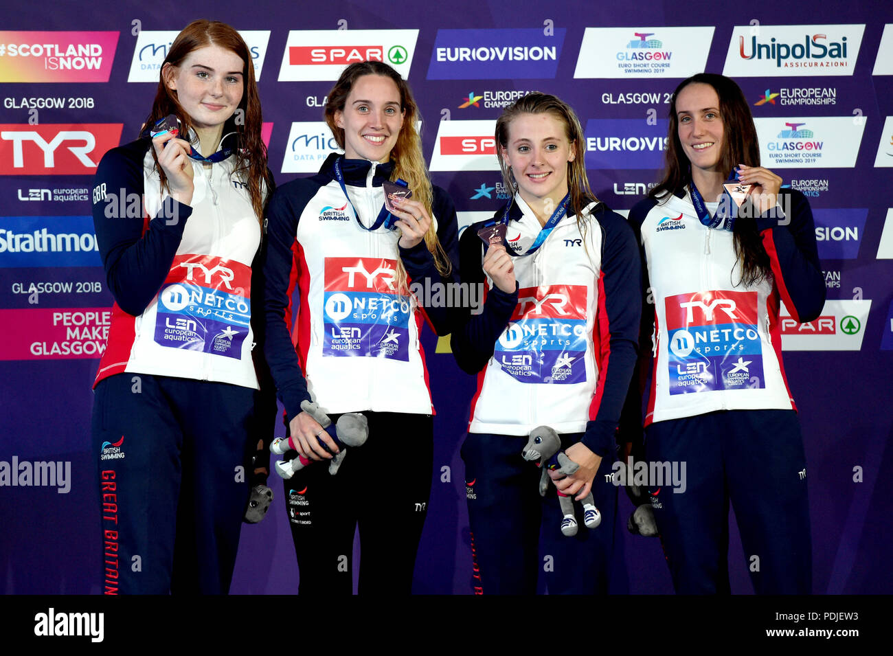 4b2b3d101b61 From left to right) Great Britain s Freya Anderson