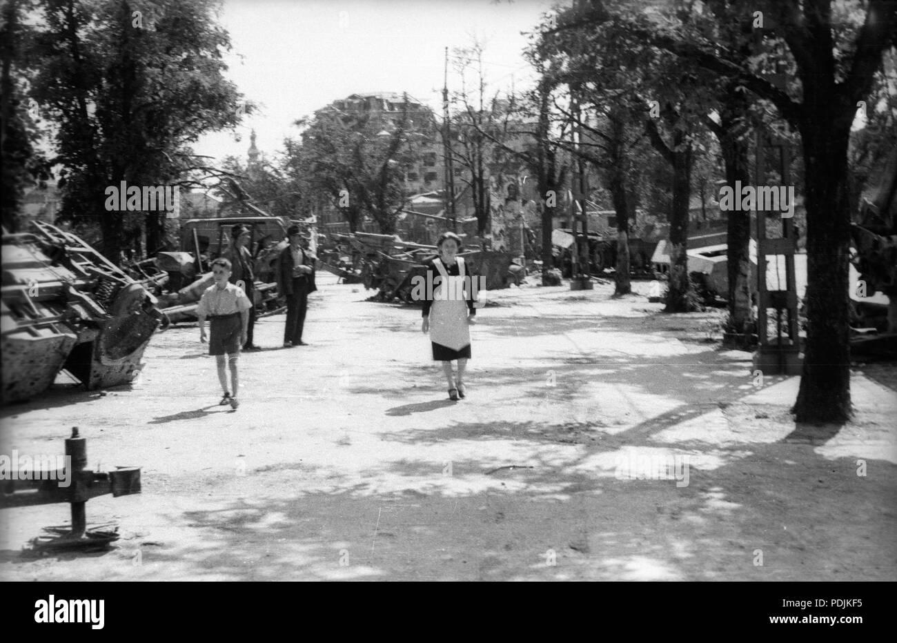 373 Vérmező a Déli pályaudvar felől a Krisztina tér felé nézve, jobbra a Krisztina körút házai. Fortepan 30254 - Stock Image