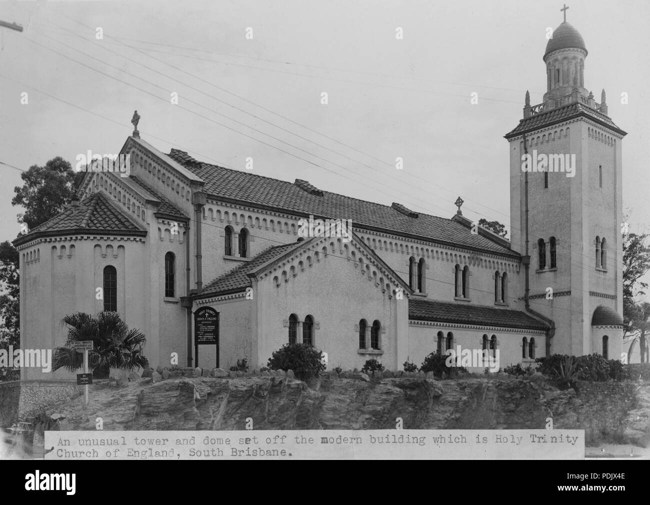 60 Holy Trinity Church of England at Woolloongabba 1949 - Stock Image
