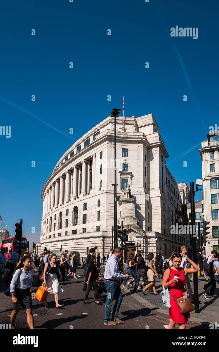 Morning commuters walking into the City of London after leaving Blackfriars Station, London, England, U.K. - Stock Image