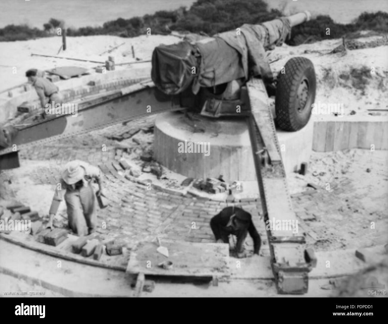 3 155mm Gpf Garden Island Wa 1943 Awm 054026 Stock Photo 215008445