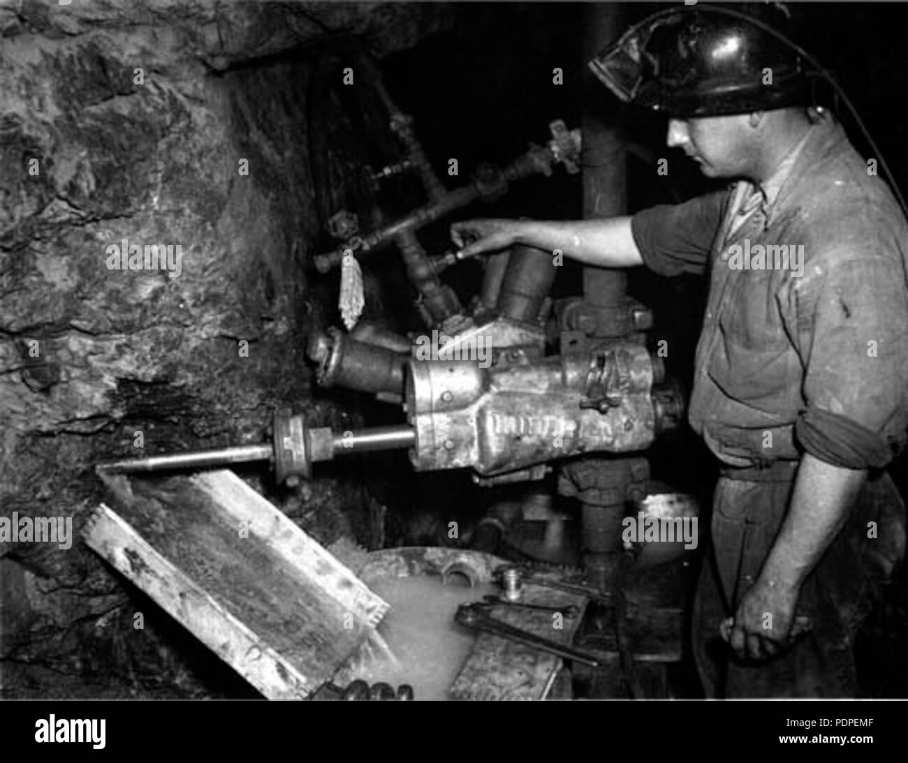 15 Associated Gold Mine Kalgoorlie 1951 - Stock Image