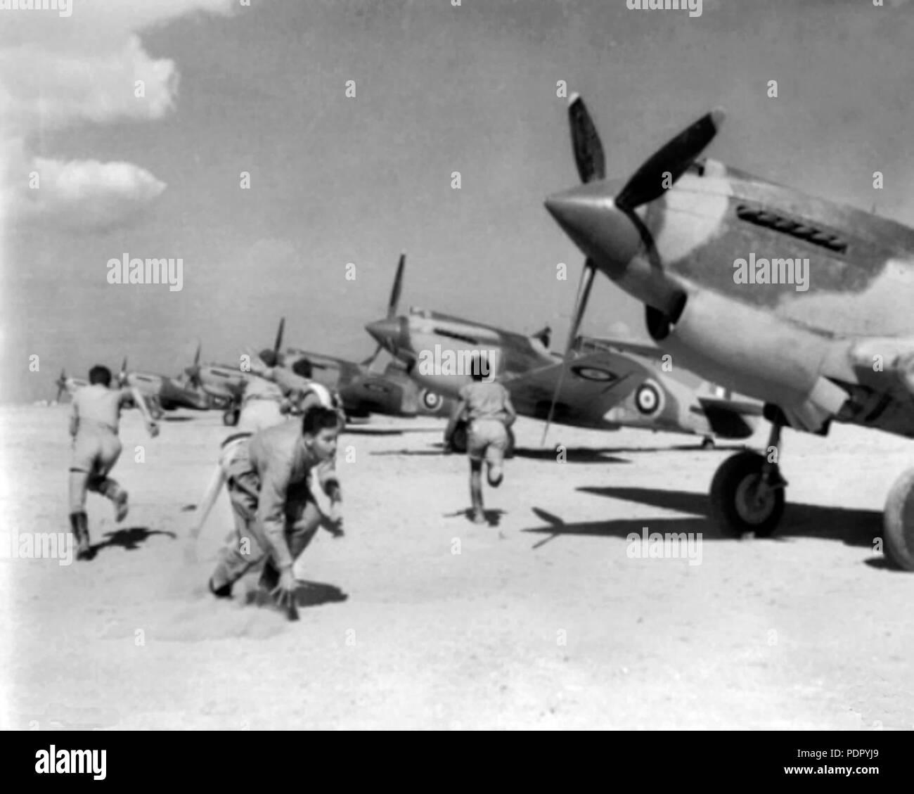 37 Curtiss Tomahawks 3 Sqn RAAF scramble 1941 - Stock Image