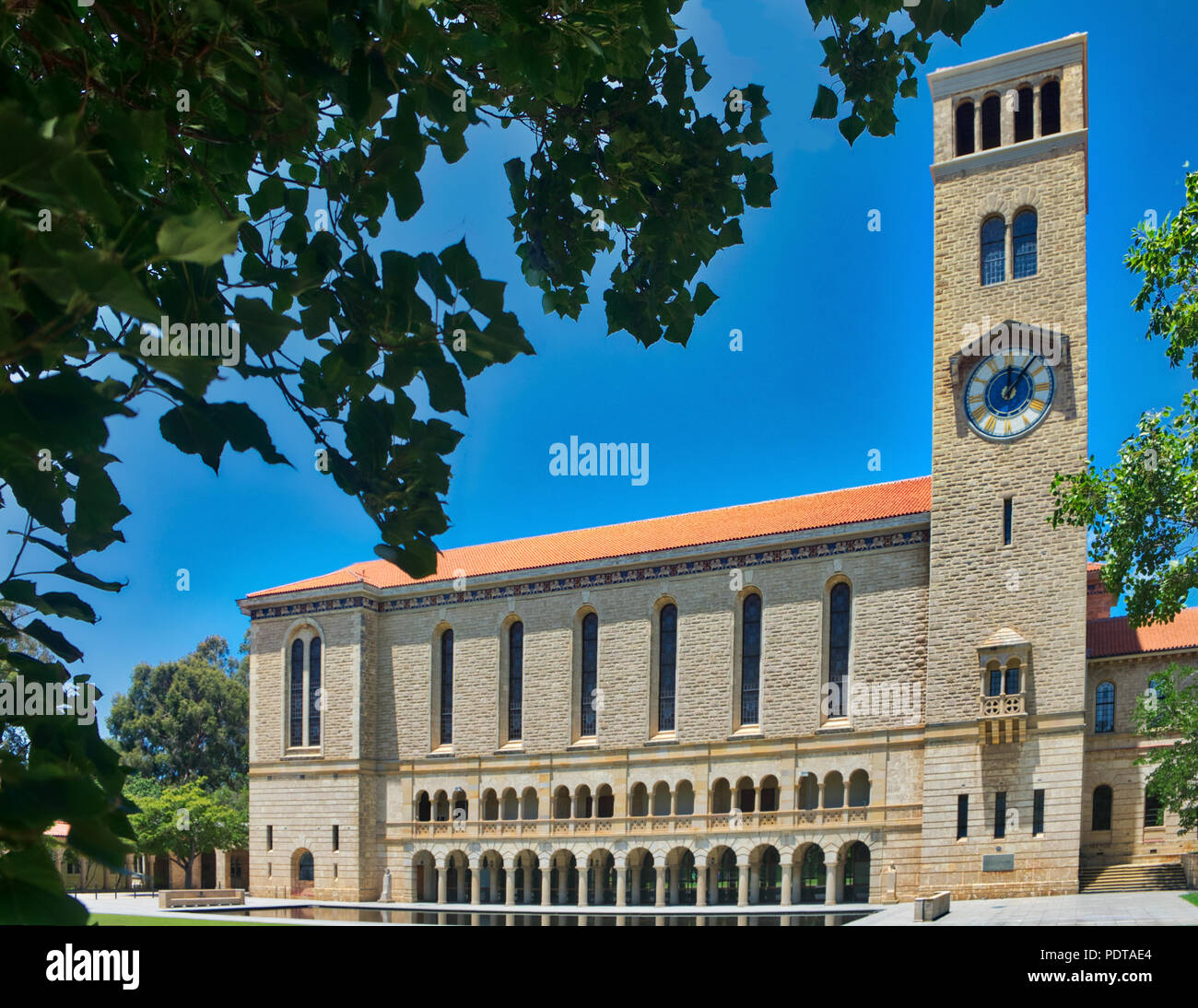 Winthrop Hall and Reflecting Pond UWA crawley - Stock Image
