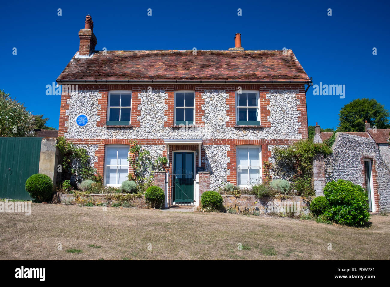 Pendrills Cottage in East Dean, East Sussex. This was the home that Sherlock Holmes, the consulting detective and bee keeper, retired in from 1903-1917 - Stock Image