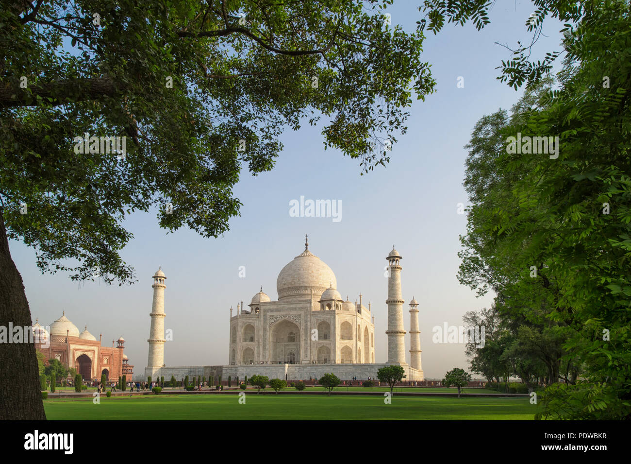 Beautiful landscape of the Taj Mahal from north side across the Yamuna river at sunset - Stock Image