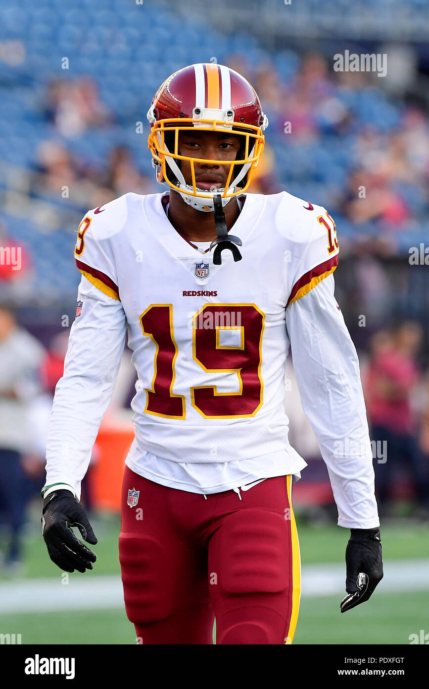 803702c0a39 August 9, 2018: Washington Redskins wide receiver Robert Davis (19) warms  up prior to the NFL pre-season football game between the Washington  Redskins and ...