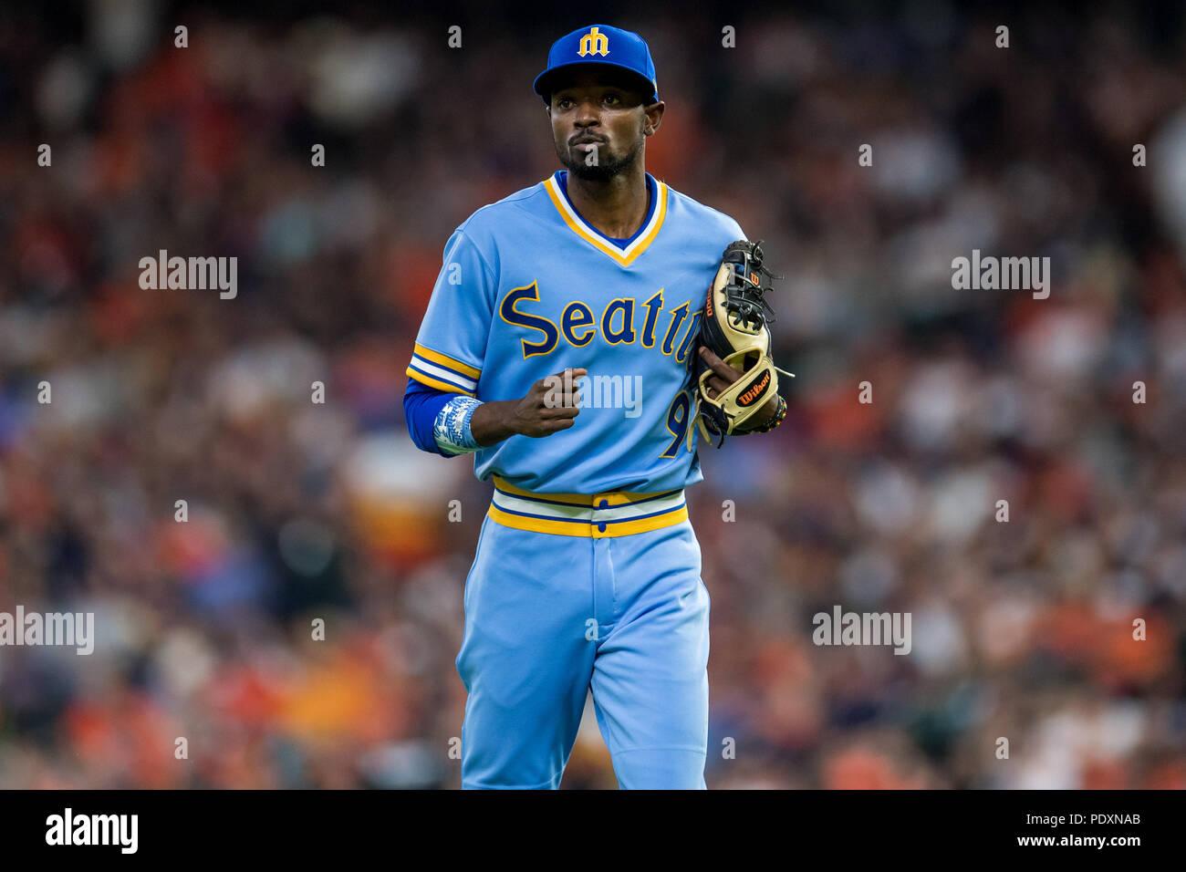 pretty nice f3cbd 3f841 August 10, 2018: Seattle Mariners second baseman Dee Gordon ...