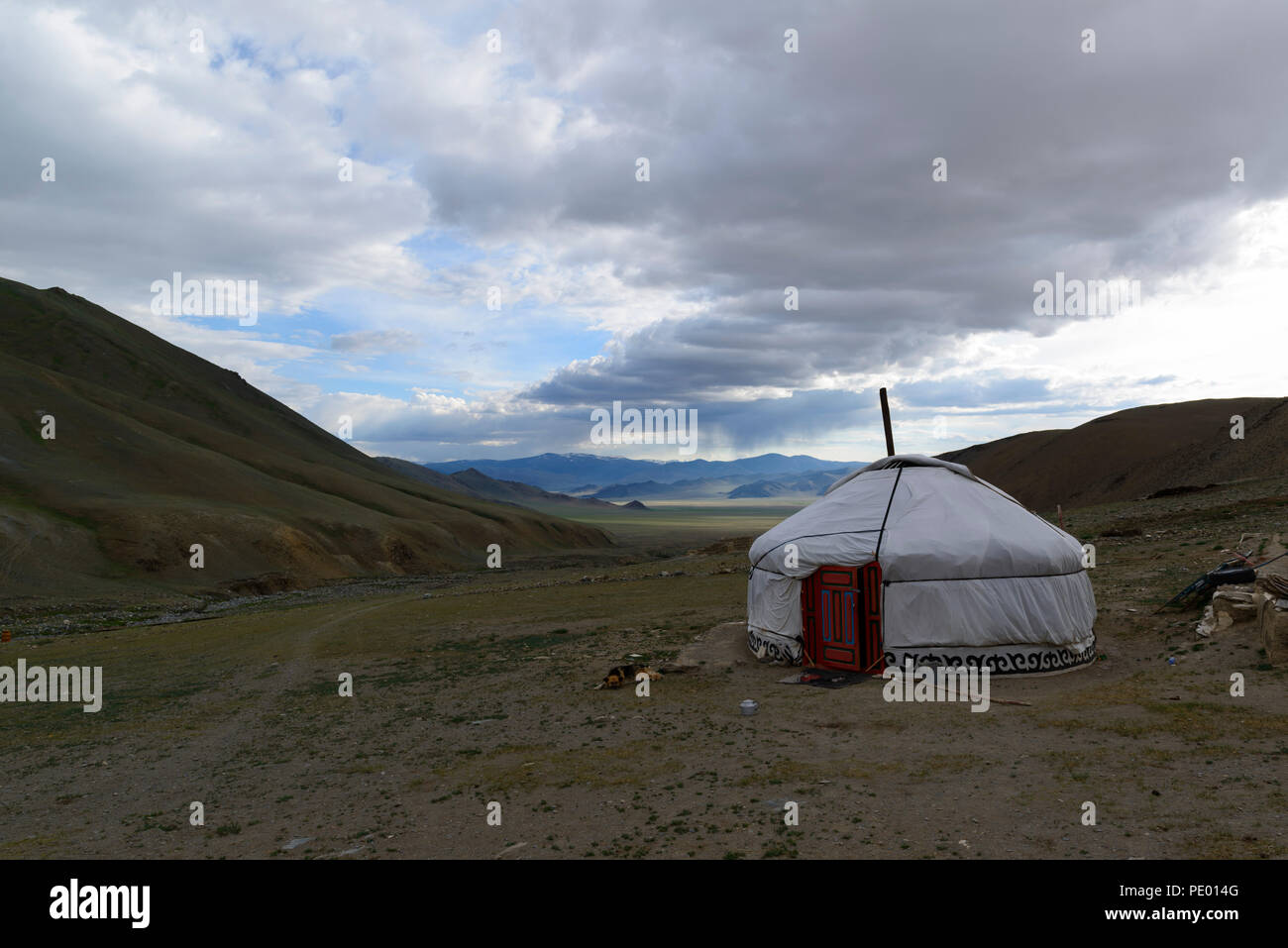A ger or yurt on the steppe in Mongolia - Stock Image