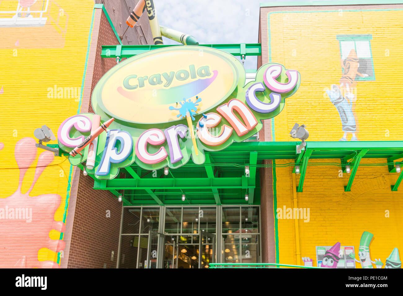 Crayola Crayon Stock Photos & Crayola Crayon Stock Images - Alamy